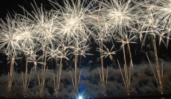 10 minutes of fireworks to happen in Sharjah!