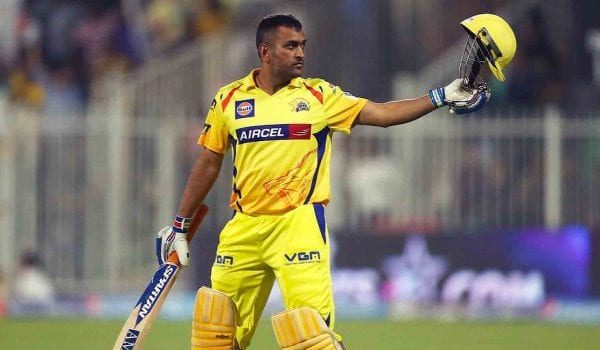 MS Dhoni sets a new IPL record after facing RCB last night