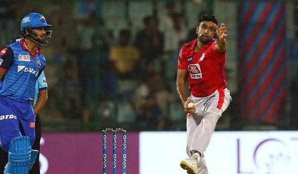 Watch Shikhar Dhawan mocking Ashwin after his 'Mankad' warning